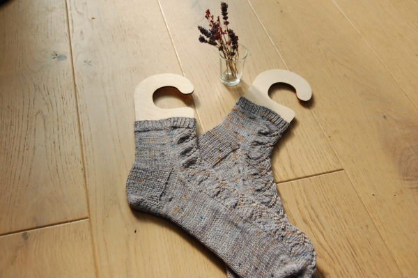 Chaussettes Iris. Du Fil A Retordre. Made in France