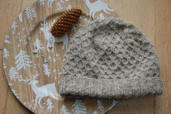 Bonnet a tricoter. Du Fil A Retordre. Made in France