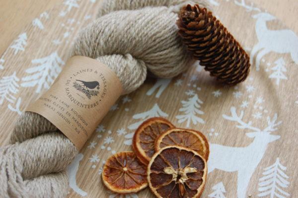 Écheveau de laine bio. Du Fil A Retordre. Made in France