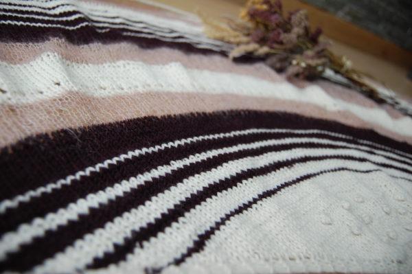Châle Luna au tricot. Made in France.